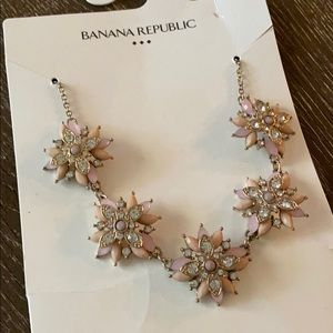 NWT BR Necklace